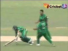 Weird RUNOUT   Mashrafe Mortaza Knocks Down Hashim Amla