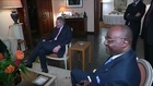 Cameroun: les sept ex-otages rentrés en France,
